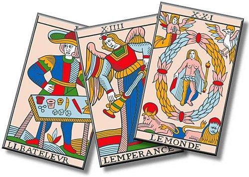 442bae912ef8c3 Attirer vous l argent en tirant les cartes avec un voyant